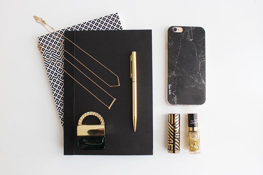 Phone cover black marble sm