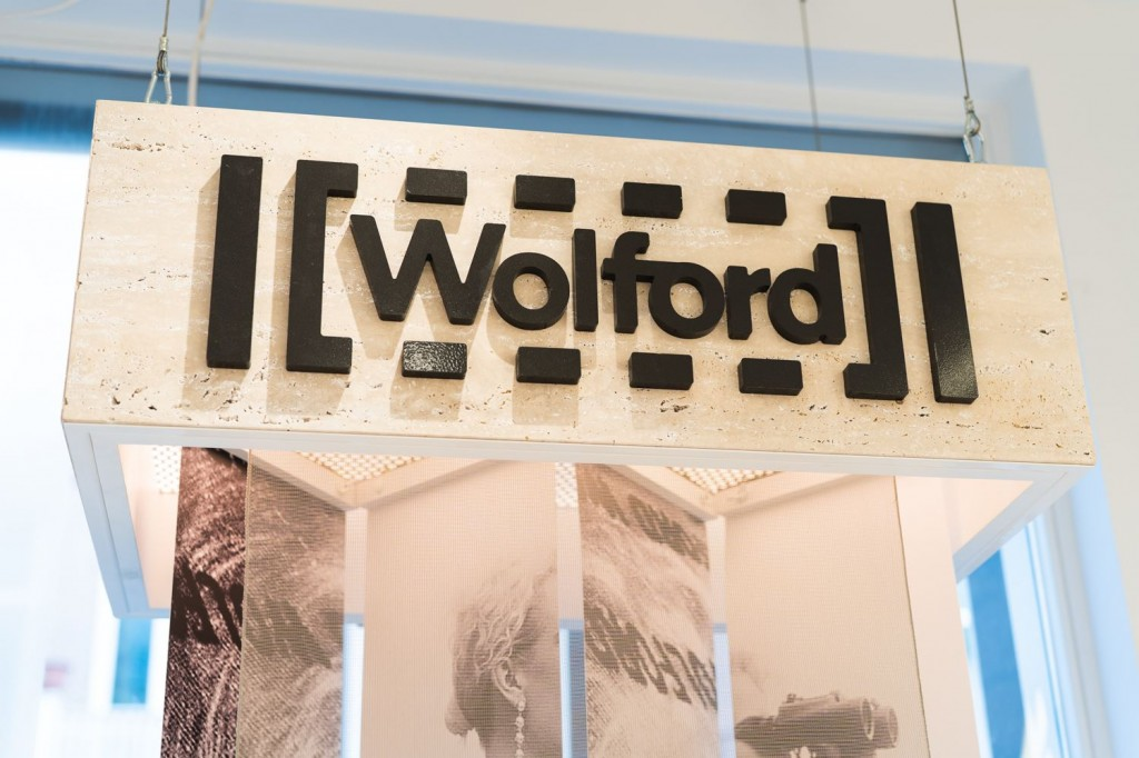 WOLFORD 5